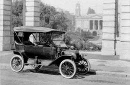 zum 100 Jahr Jubiläum des Ford T-Modell